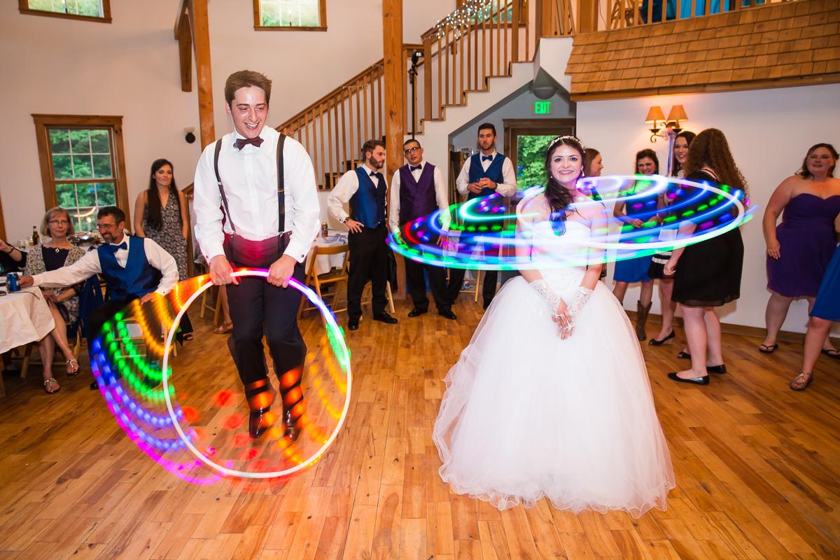 Candid dance photos wedding